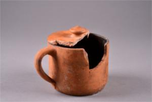 """Ausstellungseröffnung: """"An Gefäßen für das Essen gab es nichts."""" Keramikfunde zu"""