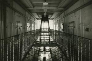 Hauptzellentrakt in der Stasi-Sonderhaftanstalt Bautzen II, um 1985 (© Sammlung Gedenkstätte Bautzen)