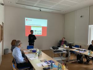 Konstantin Hermann präsentiert das sächsische Landesprogramm Digitalisierung